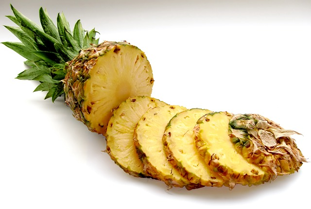 plátky ananasu